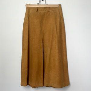 Vintage tan/camel Suede Midi Skirt Made in…